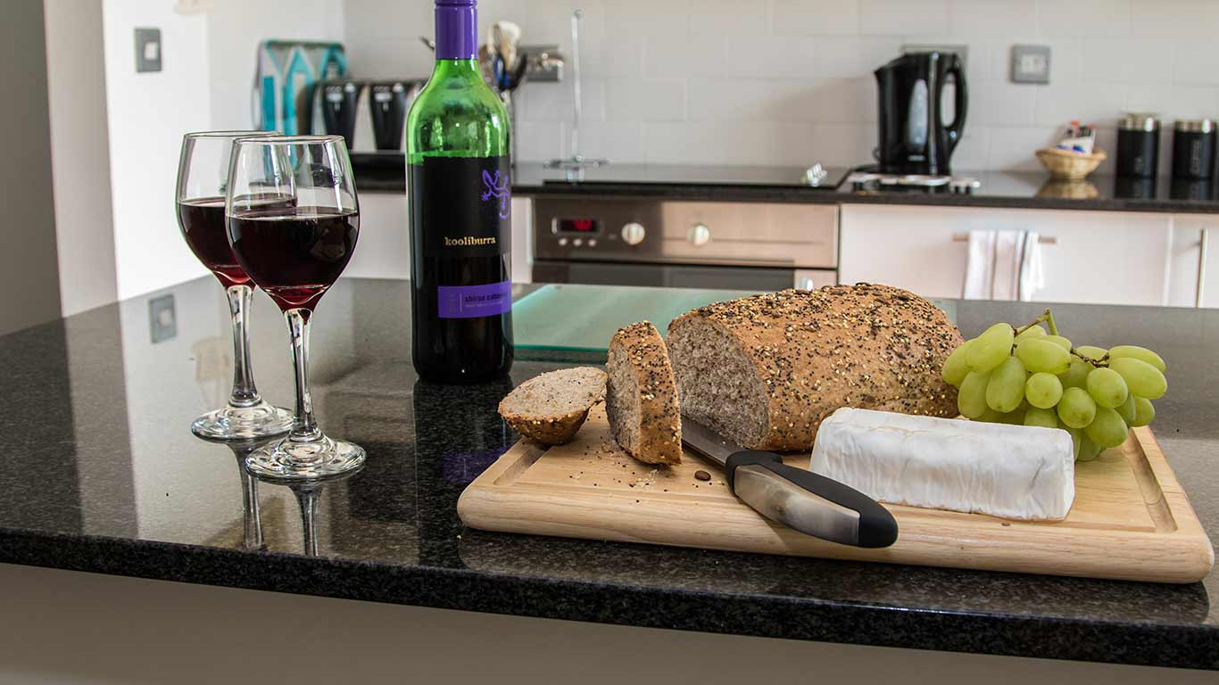 Kokopelli Devon Holiday Cottage In Sidmouth - Kitchen / Dining Experience